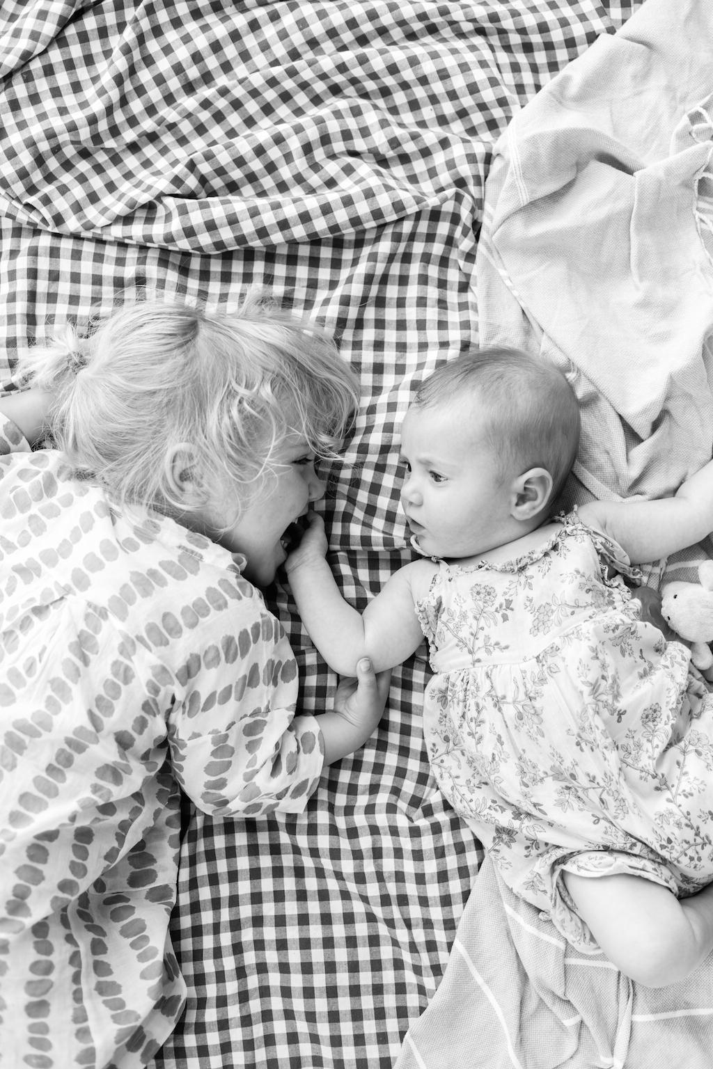 picnic-sisters-6
